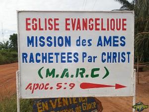 www.oneoriginaltravelguide.com. L'Afrique en photos, videos, pubs.