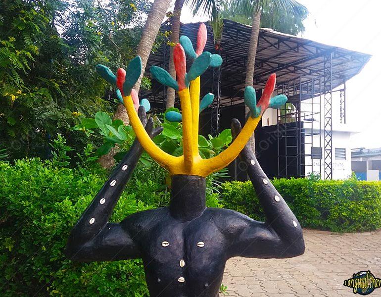 Sculpture au CCF – Cotonou