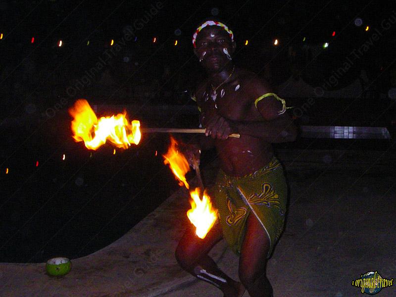 Danseur Cracheur de Feu - Grand Popo - Bénin