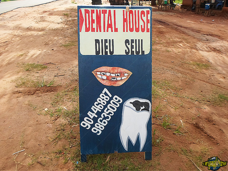 one-original-travel-guide-benin-afrique-dentiste-dental-house-dieu-seul