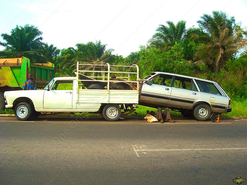 Dépannage en Famille - Peugeot 404 - 505 - Ouidah - Bénin