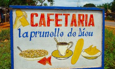 "Cafetaria "" La Prunelle de Dieu "" - Porto Novo"